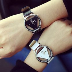 relojes triangulares de parejas