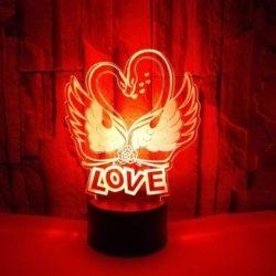 lampara de cisnes y amor para parejas